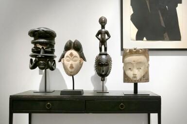 View 5. Thumbnail of Lot 43. Masque heaume Janus, Fang, Gabon | Helmet Janus mask, Fang, Gabon.