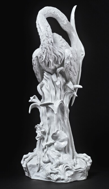 A MEISSEN LARGE WHITE FIGURE OF A HERON (ARDEA CINEREA) 20TH CENTURY