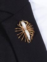Pearl Clip Brooch | 馬里奧 布契拉提 | 珍珠胸針