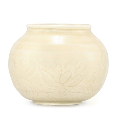 A VERY RARE DINGYAO CARVED 'LOTUS' WATERPOT NORTHERN SONG DYNASTY | 北宋 定窰白釉劃蓮紋水盂