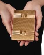 GOLD AND SAPPHIRE CIGARETTE CASE, VAN CLEEF & ARPELS, FRANCE | 黃金鑲藍寶石煙盒,梵克雅寶