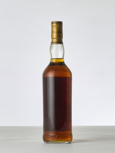 View 2. Thumbnail of Lot 2010. The Macallan 25 Year Old Anniversary Malt 43.0 abv 1966 (1 BT70).
