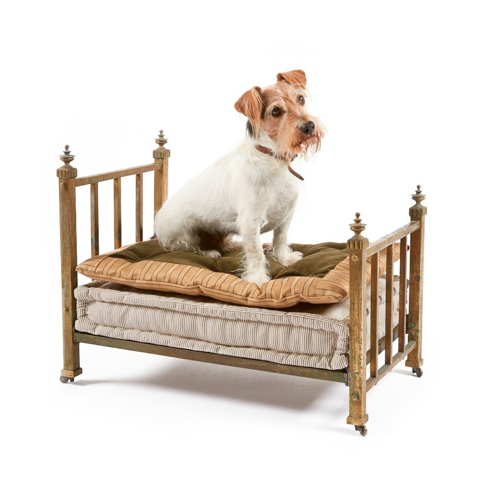 View full screen - View 1 of Lot 4. A VICTORIAN BRASS 'DOG BED', LATE 19TH /EARLY 20TH CENTURY.