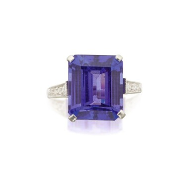MOUNTED BY CARTIER | TANZANITE AND DIAMOND RING