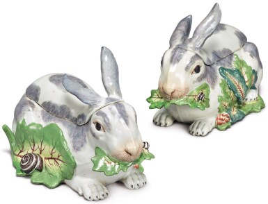 A PAIR OF SAMSON RABBIT TUREENS AND COVERS, LATE 19TH CENTURY