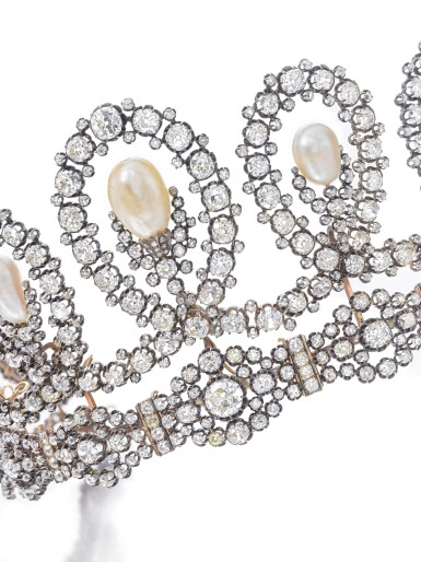 View 3. Thumbnail of Lot 180. Musy | Magnificent and Historic Natural pearl and diamond tiara/necklace, second half of the 19th century | Musy | 天然珍珠配鑽石王冠/項鏈,十九世紀下半葉,具歷史價值.