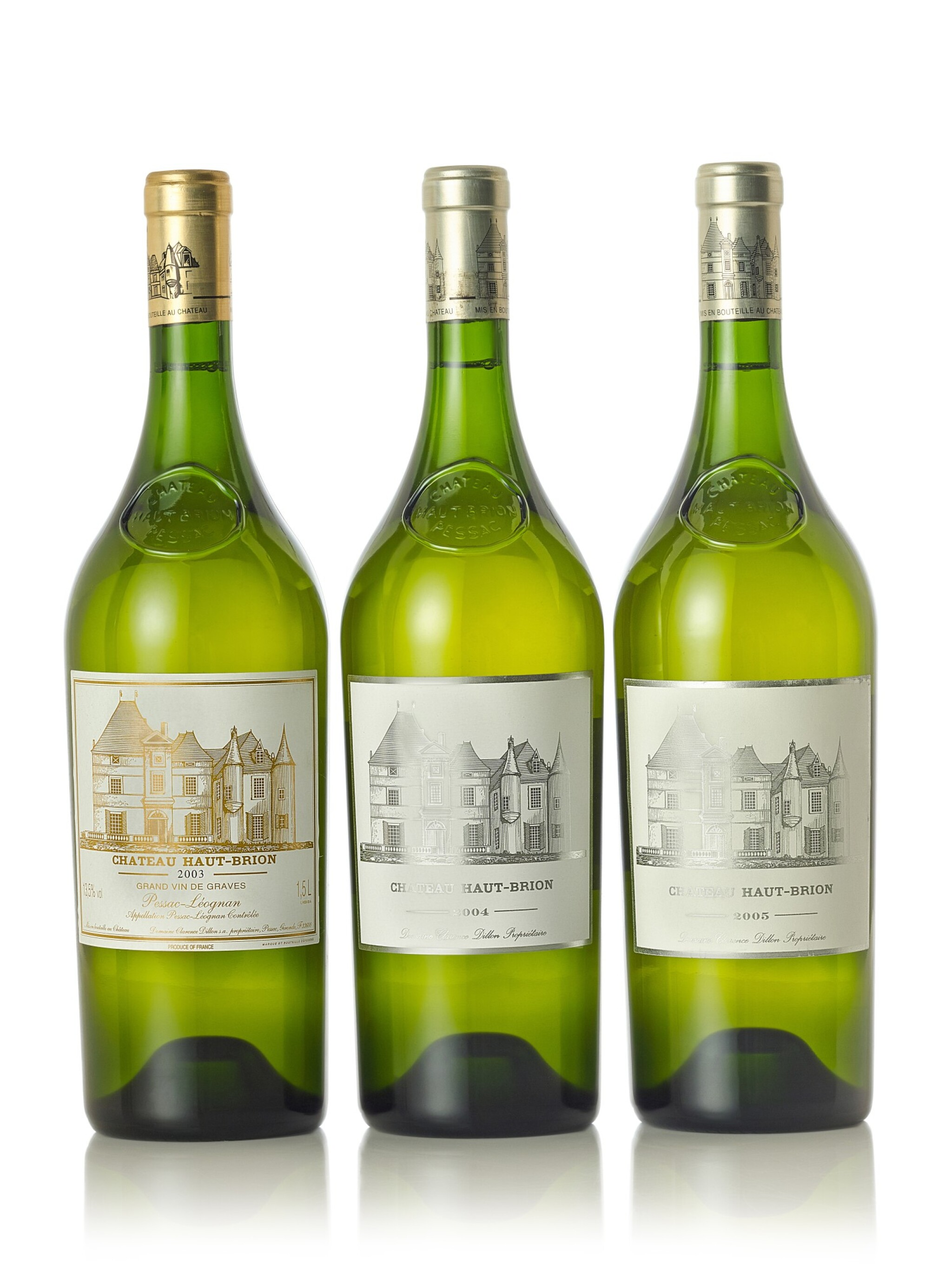 View full screen - View 1 of Lot 8034. Château Haut Brion Blanc 2004  (4 MAG)          .
