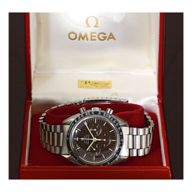 View 2. Thumbnail of Lot 16. OMEGA |  SPEEDMASTER REF 145.022-69 'TROPICAL',  A STAINLESS STEEL CHRONOGRAPH WRISTWATCH WITH BRACELET, MADE IN 1970.