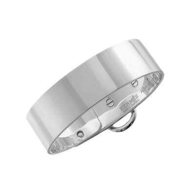View 2. Thumbnail of Lot 90. Hermès Sterling Silver MM Collier De Chien (CDC) Bracelet Size Small.