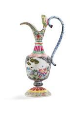 CHINA, QING DYNASTY, 19TH CENTURY [CHINE, DYNASTIE QING, XIXE SIÈCLE A FAMILLE ROSE] | PAINTED ENAMEL EWER [AIGUIÈRE EN ÉMAUX PEINTS DE LA FAMILLE ROSE]
