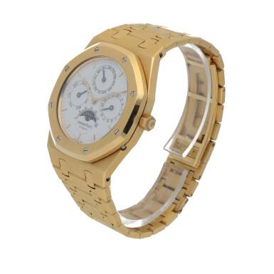 View 2. Thumbnail of Lot 15. Royal Oak, Ref. 25654BA Yellow gold perpetual calendar wristwatch with moon phases and bracelet Circa 1996 | 25654BA型號「Royal Oak」黃金萬年曆鍊帶腕錶備月相顯示,年份約1996.