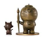 DORAEMON 多啦A夢 |  DORAEMON AND LUCKY CAT SCULPTURE (SET OF TWO) 多啦A夢與招財貓雕塑(一組兩件)