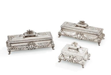 A SET OF THREE SILVER TOILET BOXES, MOREL & CIE, PARIS, CIRCA 1850 |  ENSEMBLE DE TROIS BOÎTES DE TOILETTE EN ARGENT PAR MOREL & CIE, PARIS, VERS 1850