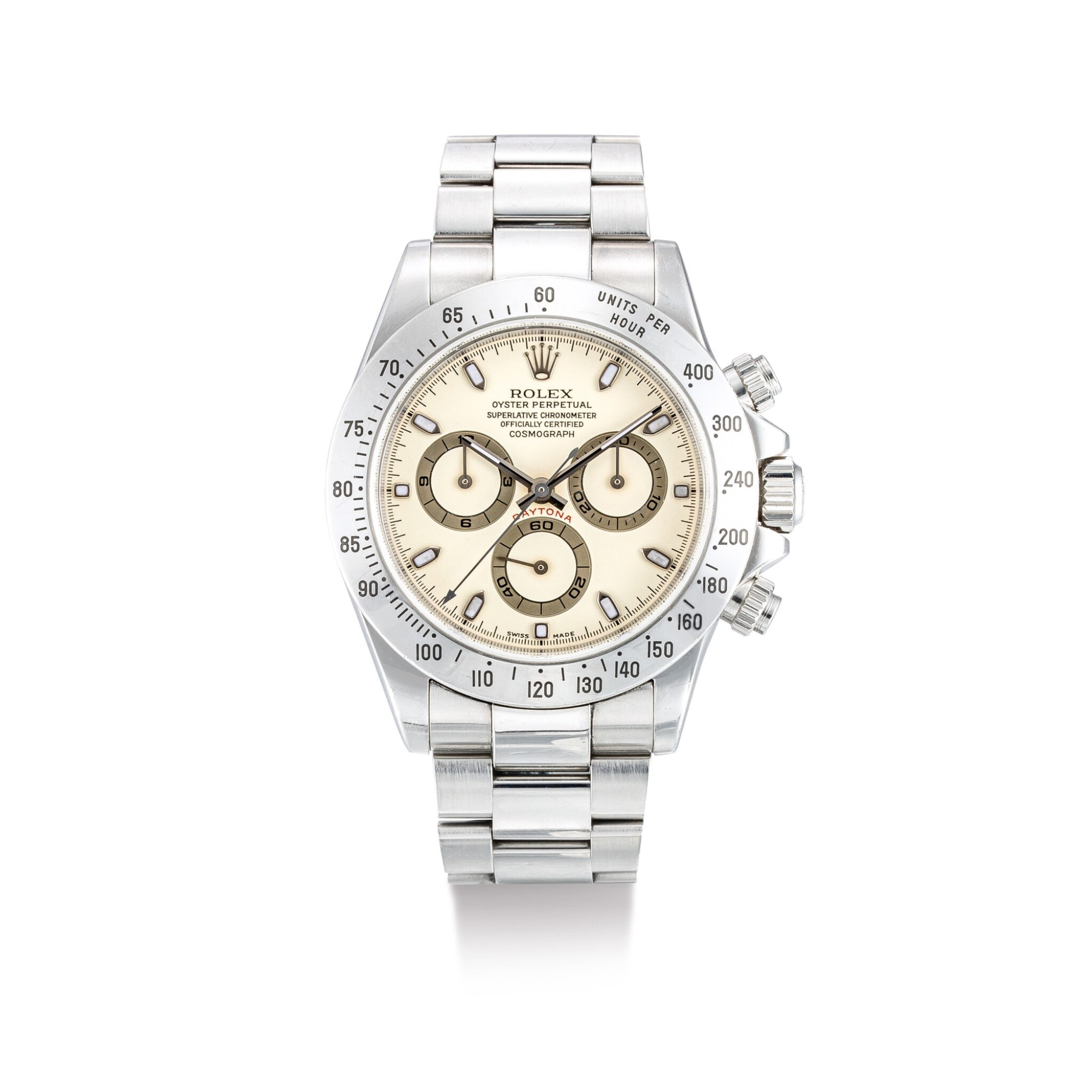 """View full screen - View 1 of Lot 2019. ROLEX   COSMOGRAPH DAYTONA, REFERENCE 116520, A STAINLESS STEEL CHRONOGRAPH WRISTWATCH WITH CREAM DIAL AND BRACELET, CIRCA 2000    勞力士   """"Cosmograph Daytona 型號116520  精鋼計時鏈帶腕錶,備杏色錶盤,錶殼編號K735916,約2000年製""""."""