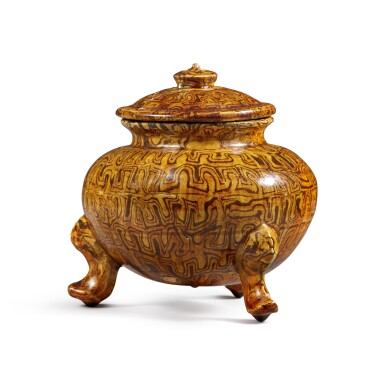 View 2. Thumbnail of Lot 175. A rare amber-glazed marbled pottery tripod jar and cover, Tang dynasty | 唐 琥珀釉絞胎三足蓋爐.
