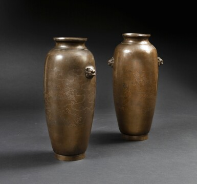 View 1. Thumbnail of Lot 122. A extremely rare pair of bronze 'Shisou' ovoid 'dragon' vases Qing dynasty, 17th-18th century | 清十七至十八世紀 銅錯銀龍紋獅首耳瓶一對  《石叟》款.
