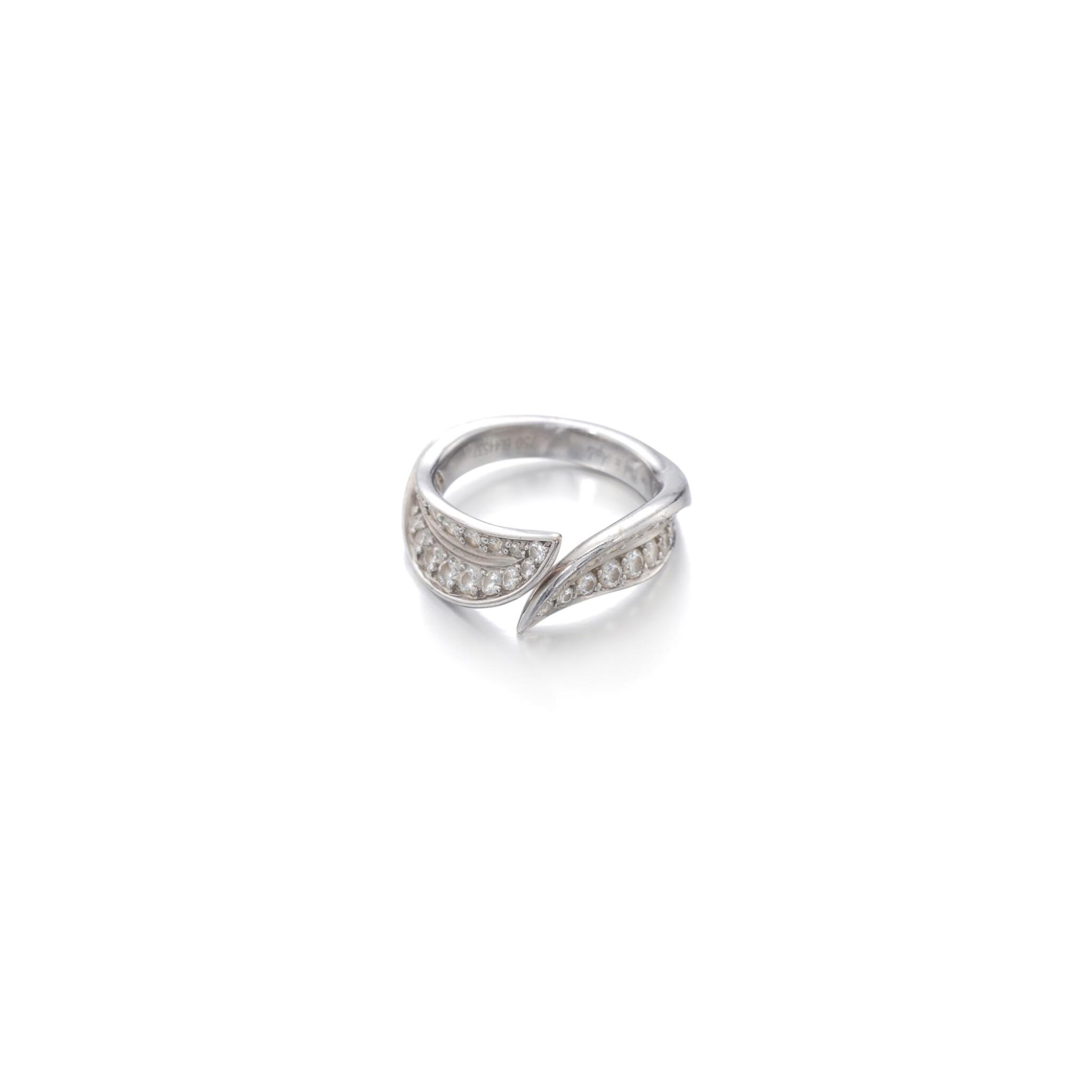 View full screen - View 1 of Lot 108. Diamond ring.