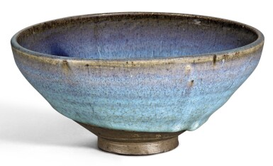A LARGE PURPLE-SPLASHED 'JUN' BOWL YUAN DYNASTY | 元 鈞窰天藍釉紫斑盌