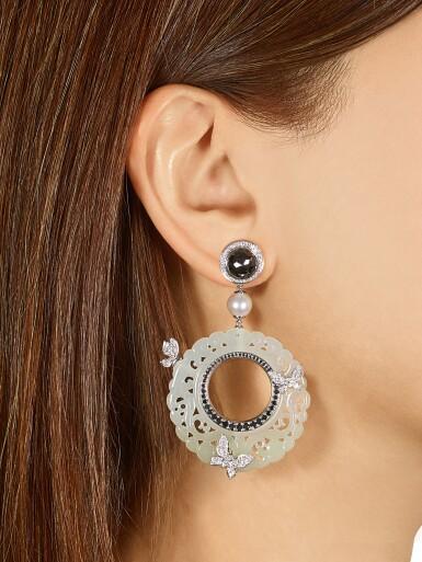 View 4. Thumbnail of Lot 8013. Pair of Jade, Diamond and Cultured Pearl Pendent Earrings | 翡翠 配 鑽石 及 養殖珍珠 耳環一對.