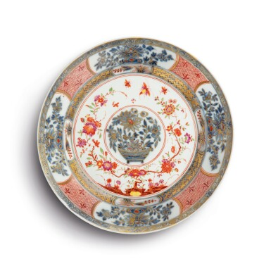 A MEISSEN PLATE THE PORCELAIN CIRCA 1735-40, THE IMARI DECORATION LATER