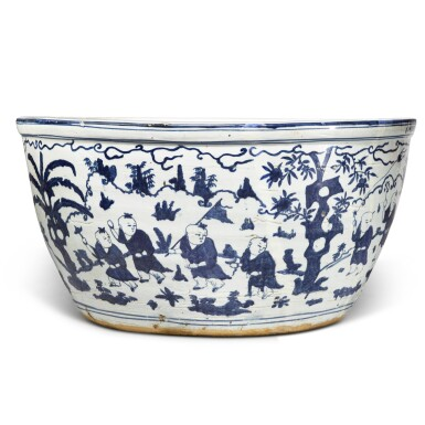 View 3. Thumbnail of Lot 87. A very large blue and white 'boys' fishbowl, Mark and period of Jiajing | 明嘉靖 青花嬰戲圖大缸 《大明嘉靖年製》款.