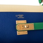 HERMÈS | HORSESHOE STAMP (HSS) TRI-COLOR BLEU ELECTRIC, BAMBOO AND JAUNE POUSSIN RETOURNE KELLY 32CM OF EPSOM LEATHER WITH BRUSHED GOLD HARDWARE