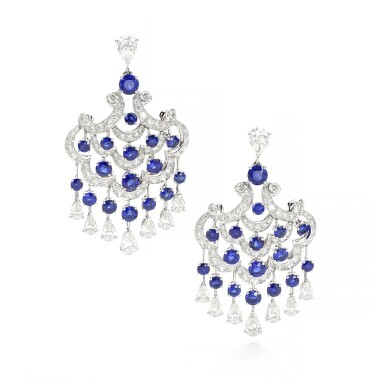 GRAFF | PAIR OF SAPPHIRE AND DIAMOND PENDENT EARRINGS