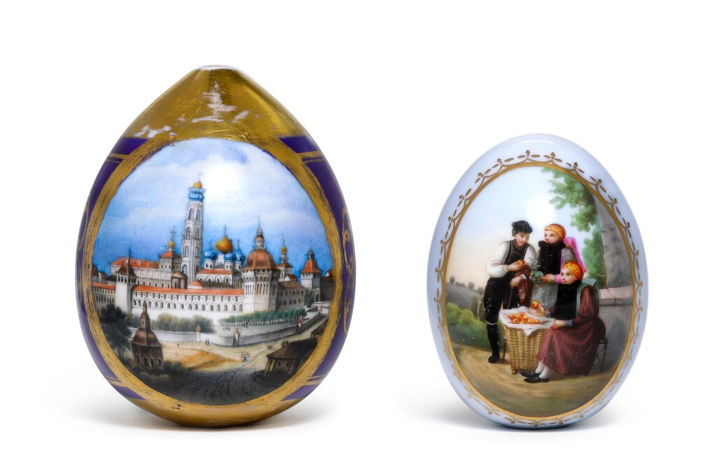 TWO PORCELAIN EASTER EGGS WITH PAINTED SCENES, IMPERIAL PORCELAIN FACTORY, ST PETERSBURG, 19TH/EARLY 20TH CENTURY