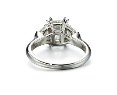 View 3. Thumbnail of Lot 9146. DIAMOND RING, HARRY WINSTON   1.71卡拉 方形 E色 VVS2淨度 鑽石 戒指, 海瑞溫斯頓 ( Harry Winston ).