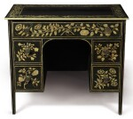 A PENWORK SMALL KNEEHOLE DESK