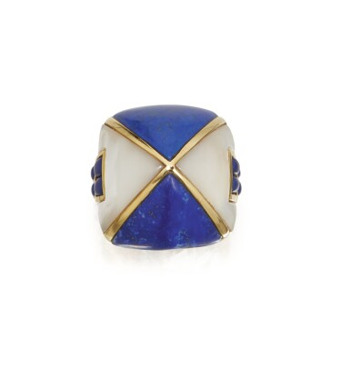 LAPIS LAZULI AND MOTHER-OF-PEARL RING