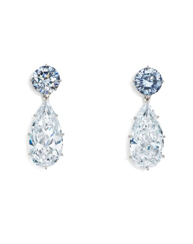 View 2. Thumbnail of Lot 1753. AN EXQUISITE AND UNIQUE PAIR OF FANCY INTENSE BLUE DIAMOND AND DIAMOND PENDENT EARRINGS | 超凡尚品 1.95及1.63卡拉 濃彩藍色鑽石 配 5.95及 5.24卡拉 梨形 D色 內部無瑕(IF)Type IIa 鑽石 耳墜一對.