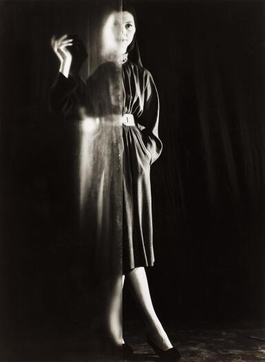ERWIN BLUMENFELD | UNTITLED, C.1947