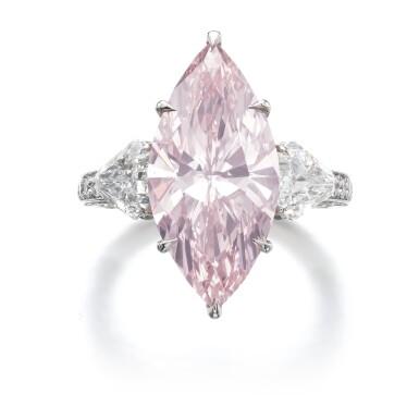 IMPORTANT FANCY INTENSE PINK DIAMOND RING