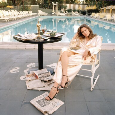 TERRY O'NEILL  B. | FAYE DUNAWAY AT THE BEVERLY HILLS HOTEL, 1977