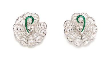 View 3. Thumbnail of Lot 1742. FORMS | PAIR OF EMERALD, DIAMOND AND ENAMEL EARRINGS | FORMS |「哥倫比亞」祖母綠 配 鑽石 及 琺琅彩 耳環一對.