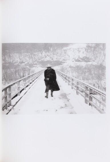 View 4. Thumbnail of Lot 134. Le Journal intime du Japon. Ed. du Solstice, 2007. 24 photographies de Araki. Tirage à 140, 1/100 de sociétaires.