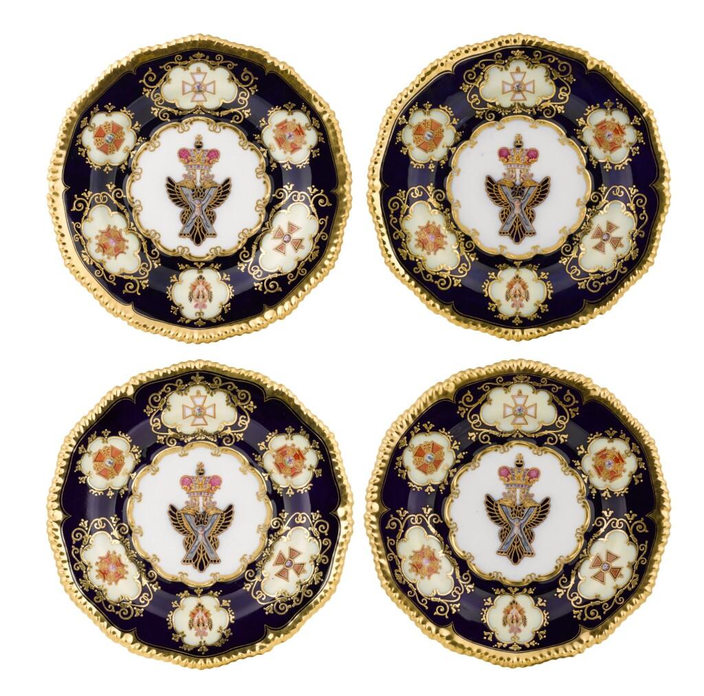 FOUR PORCELAIN PLATES FROM THE NICHOLAS I COALPORT SERVICE, IMPERIAL PORCELAIN FACTORY, ST PETERSBURG, PERIOD OF NICHOLAS I (1844-1855)