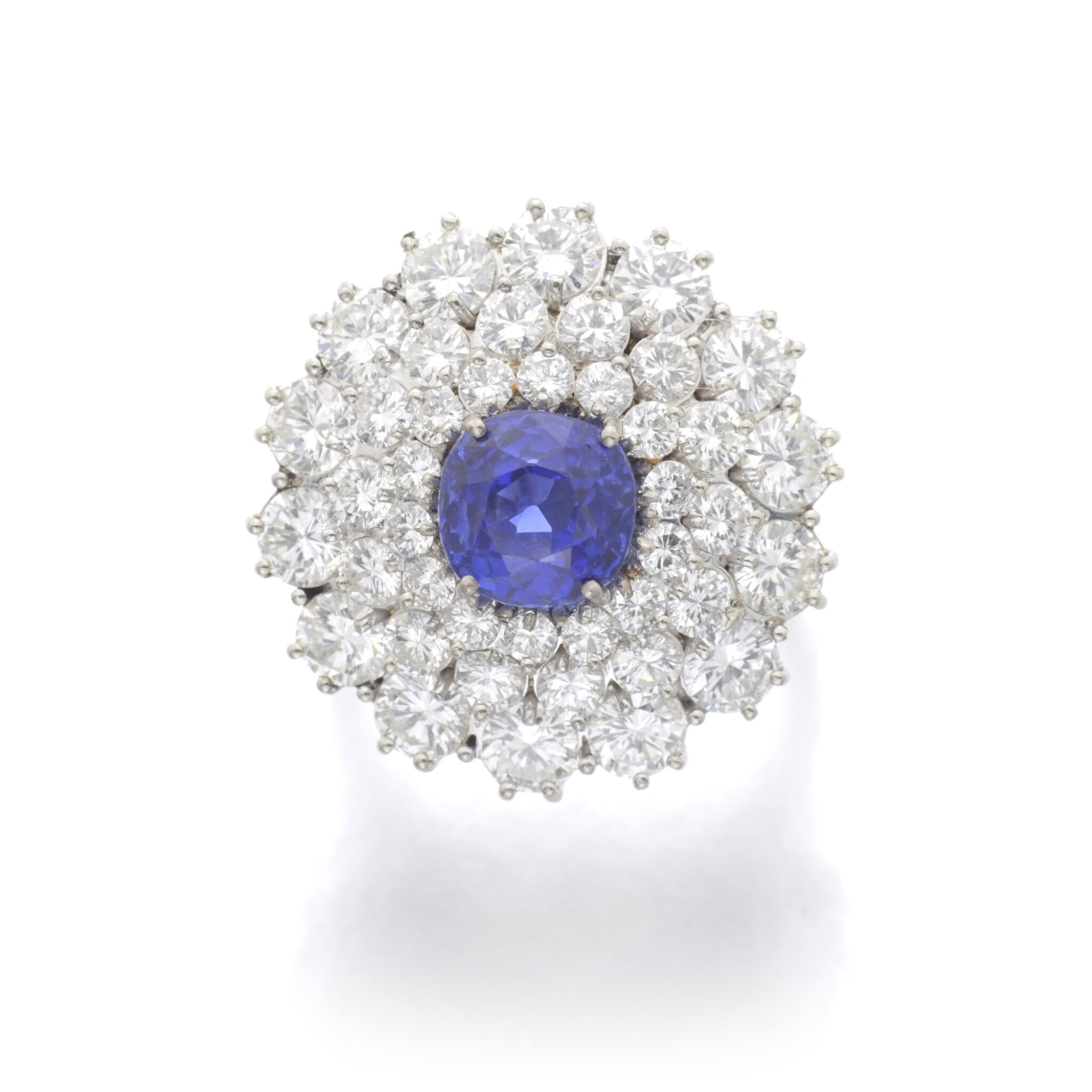 View full screen - View 1 of Lot 99. SAPPHIRE AND DIAMOND RING.