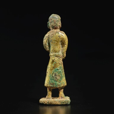 View 4. Thumbnail of Lot 582. A GILT-BRONZE FIGURE OF A FOREIGN MERCHANT,  TANG DYNASTY.