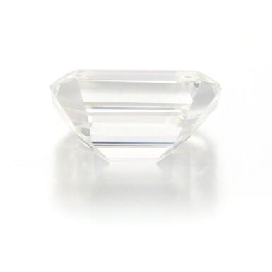 View 4. Thumbnail of Lot 212.  UNMOUNTED DIAMOND   (DIAMANTE SCIOLTO).