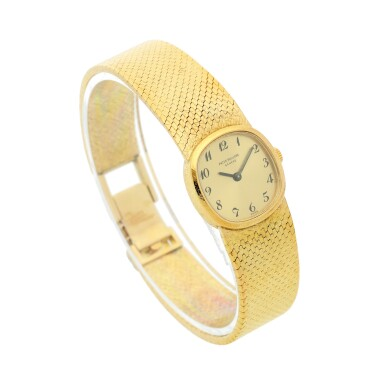 REFERENCE 3370/1 A YELLOW GOLD CUSHION SHAPED BRACELET WATCH, MADE IN 1968