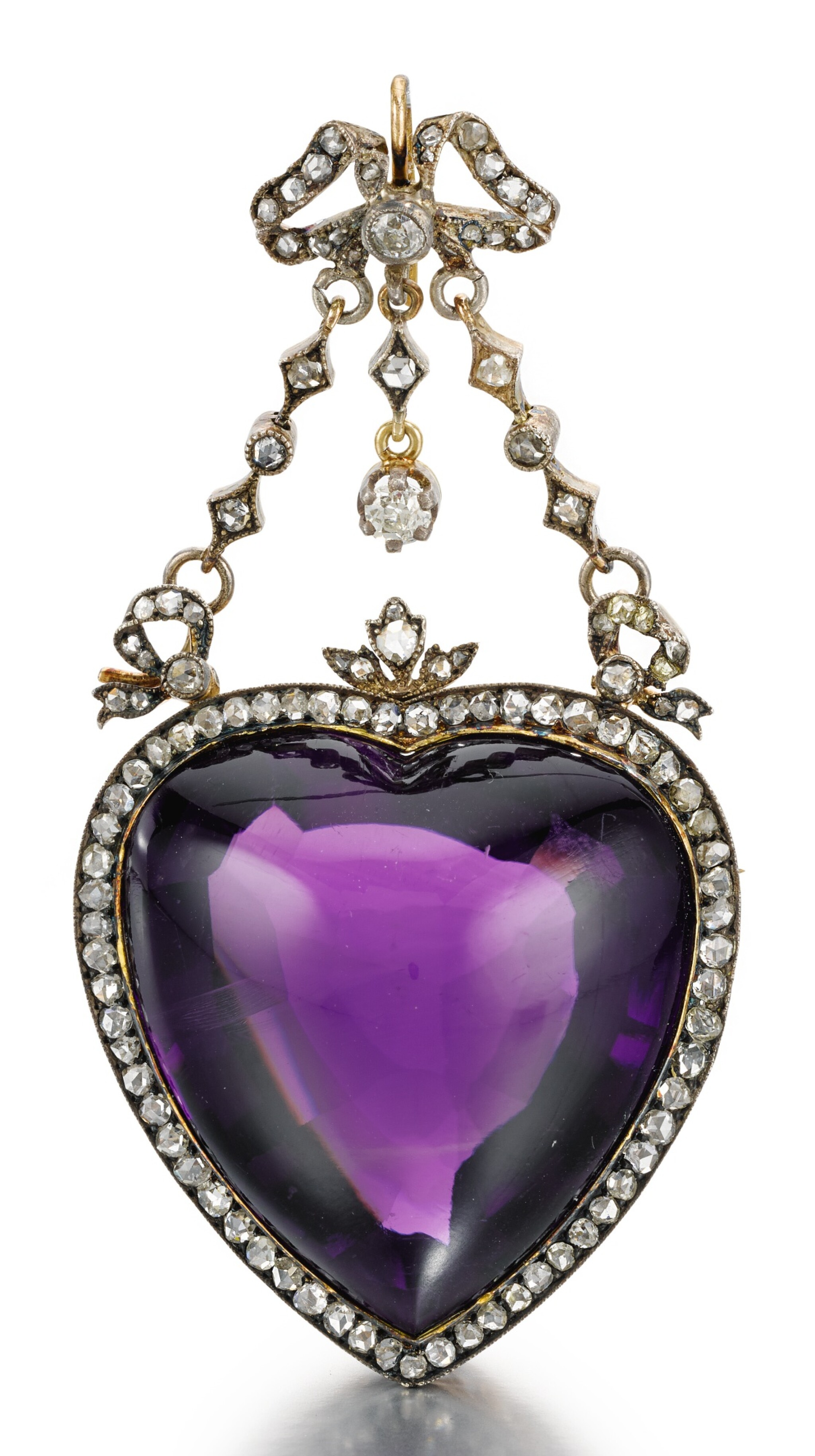 A FABERGÉ JEWELLED SILVER-TOPPED GOLD AND AMETHYST PENDANT BROOCH, MOSCOW, 1899-1908