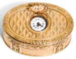 A JEWELLED FOUR-COLOUR GOLD SNUFF BOX WITH INTEGRATED TIMEPIECE, PROBABLY HANAU, CIRCA 1775