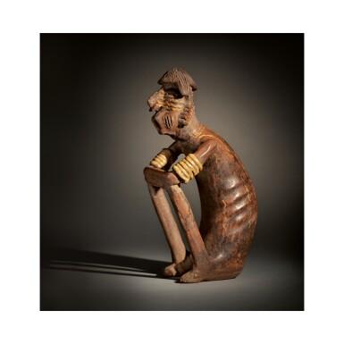 NAYARIT SEATED MALE FIGURE, IXTLÁN DEL RIO STYLE PROTOCLASSIC, CIRCA 100 BC-AD 250