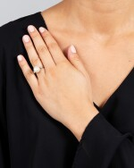 GEORGES LENFANT   BAGUE PERLE FINE ET DIAMANTS   NATURAL PEARL AND DIAMOND RING