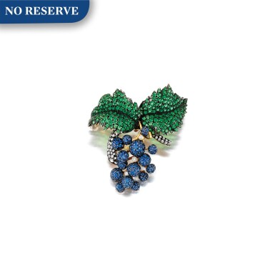 SAPPHIRE, GARNET AND DIAMOND BROOCH  藍寶石 配 石榴石 及 鑽石 別針