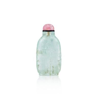 View 1. Thumbnail of Lot 3021. An Aquamarine 'Three Friends of Winter' Snuff Bottle Qing Dynasty, 18th - 19th Century | 清十八至十九世紀 海藍寶雕歲寒三友圖鼻煙壺.