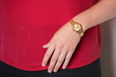 ROLEX | DATEJUST, REF 6917 YELLOW GOLD WRISTWATCH WITH DATE AND BRACELET CIRCA 1975