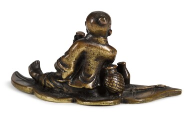 View 3. Thumbnail of Lot 70. A BRONZE 'FISHERMAN' PAPERWEIGHT   17TH/18TH CENTURY   十七/十八世紀 銅漁公鎮紙.